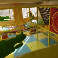 Photo taken at Kid's US.LAND キッズ ユーエス ランド by nilab on 1/4/2015