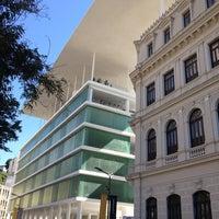 Foto tirada no(a) Museu de Arte do Rio (MAR) por Bruno L. em 5/4/2013