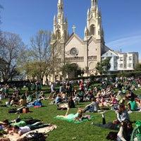 Foto scattata a Washington Square Park da Travelingjoe il 3/17/2013
