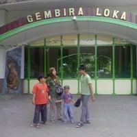 Photo taken at Kebun Binatang Gembira Loka by Handriyono S. on 10/29/2012