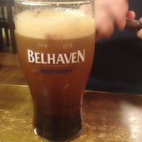 Снимок сделан в Tower Pub пользователем Ekaterina O. 11/8/2012
