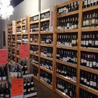 Foto tomada en OK Wine por Artem S. el 9/24/2014