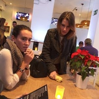 Foto tomada en Restaurante Literatos 23 por Angela O. el 12/28/2013
