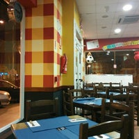 Photo taken at Restaurante Brutus by Miguel-Angel E. on 11/29/2013