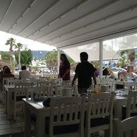 5/17/2013에 Merih Y.님이 Liman Köftecisi에서 찍은 사진