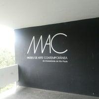 Foto tirada no(a) Museu de Arte Contemporânea (MAC-USP) por Leila E. em 7/4/2013