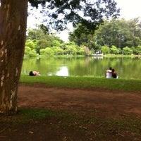 Foto tirada no(a) Lago do Ibirapuera por daniel s. em 1/25/2013