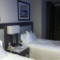 Foto tirada no(a) Miramar Hotel by Windsor por daniel s. em 11/8/2013