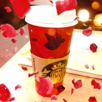 Photo taken at Starbucks by Lena Yujung L. on 11/3/2012