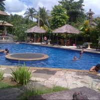 Photo taken at Rapuan cili restaurant & swimming pool by dewa a. on 2/17/2013