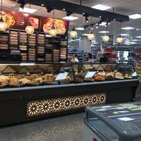 9/6/2017 tarihinde Iakovos A.ziyaretçi tarafından Gürmar Çeşme Merkez Mağazası'de çekilen fotoğraf