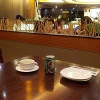Photo taken at Pizza Hut (必胜客) by Lars E. on 6/22/2013