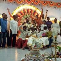 Photo taken at Sri Meenatchi Sundareswarar Temple ஶ்ரீ மீனாட்சி சுந்தரேசுவரர் ஆலயம் by Lovina L. on 5/22/2013