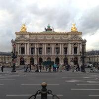 Foto tirada no(a) Place de l'Opéra por Aurélien M. em 5/13/2013