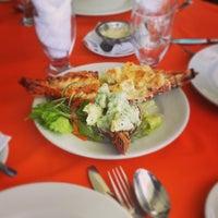 Foto tomada en Niko's Seafood por Taisuke N. el 4/2/2014