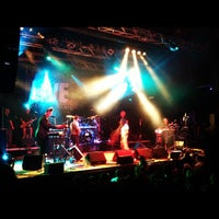 Photo taken at Live Club by Lorenzo Rubi R. on 10/7/2012
