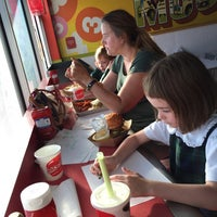 Photo taken at MOOYAH Burgers, Fries & Shakes by Wade W. on 10/13/2015