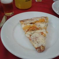 Photo taken at Pizzaria Fornalha by Mônia I. on 2/23/2013