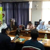 Photo taken at Jabatan Kesihatan Negeri Kelantan by nema H. on 10/26/2016
