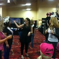 Photo taken at Divas Day Out Expo by Alptamise H. on 1/26/2013