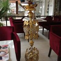 12/6/2012 tarihinde Buğra® T.ziyaretçi tarafından Kalyan Nargile Evi'de çekilen fotoğraf