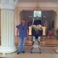 Снимок сделан в Grand Hotel Ukraine пользователем Mutlu K. 11/27/2016