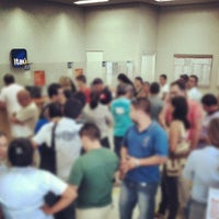Photo taken at Banco Itaú by Felipe H. on 9/17/2012