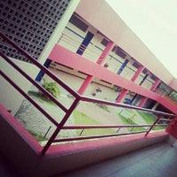 Photo taken at Escola Técnica Limoeiro by Arthur Lucas Q. on 3/19/2013