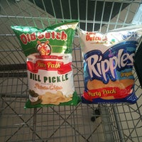 Photo taken at Cub Foods by Chinelo N. on 6/11/2017