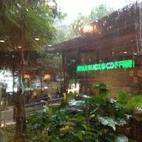 Photo taken at Starbucks by Nysh M. on 11/22/2012
