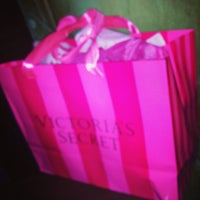 Photo taken at Victoria's Secret PINK by Maria H. on 10/18/2013