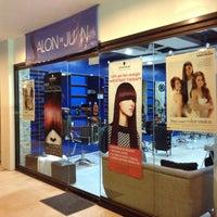 Photo taken at Salon De Juan by Marvin S. on 1/22/2014