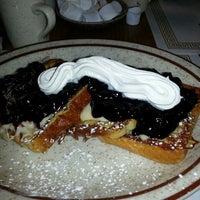 Das Foto wurde bei Omega Pancake House von Allen S. am 4/1/2013 aufgenommen