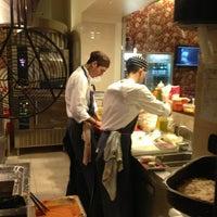 Foto scattata a Al Mercato Ristorante & Burger Bar da Francesco D. il 2/1/2013