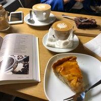 Foto scattata a 9Bar Coffee da Gábor L. il 4/7/2018
