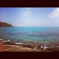 Foto tirada no(a) Praia da Tartaruga por Valdo R. em 10/29/2012
