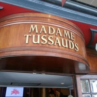 Photo taken at Madame Tussauds by Isabelle R. on 7/15/2013