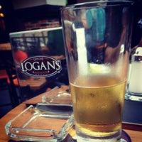 Foto tomada en Logan's Tavern Tecnológico por Christian V. el 5/21/2013