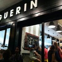 Foto tirada no(a) Boulangerie Guerin por José C. em 12/23/2012