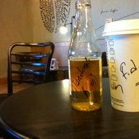 11/1/2013 tarihinde Fatih D.ziyaretçi tarafından Starbucks'de çekilen fotoğraf