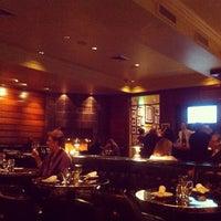 Photo prise au Original Joe's par Wendy M. le1/3/2013