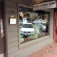 Снимок сделан в Buck's Coffee пользователем Matt M. 10/12/2012