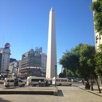 3/28/2013にGaston K.がAv. Pres. Roque Sáenz Peña (Diagonal Norte)で撮った写真