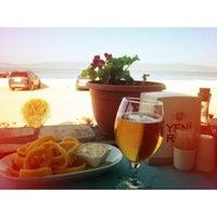 10/16/2012 tarihinde Gözde C.ziyaretçi tarafından Tirilye Balık Restorant'de çekilen fotoğraf
