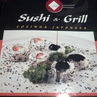 Photo taken at Restaurante Sushi & Grill by Osvaldo S. on 12/29/2012