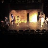 7/11/2013 tarihinde Vanessaziyaretçi tarafından The Studio Theatre'de çekilen fotoğraf