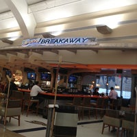 Photo taken at Ducks Breakaway Bar & Grill by Paratwiter C. on 6/24/2013