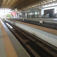 Foto tirada no(a) LRT 2 (Legarda Station) por Maricar A. em 6/14/2013