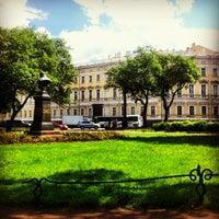Снимок сделан в Александровский сад пользователем Alexey O. 5/31/2013