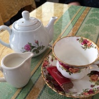 Photo taken at Comptons Tea Rooms by Stephen H. on 8/23/2014